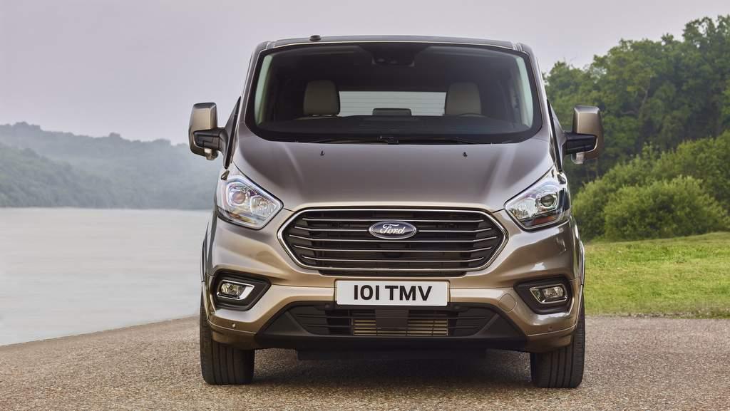 yeni Ford Tourneo ve Transit Custom fiyatları