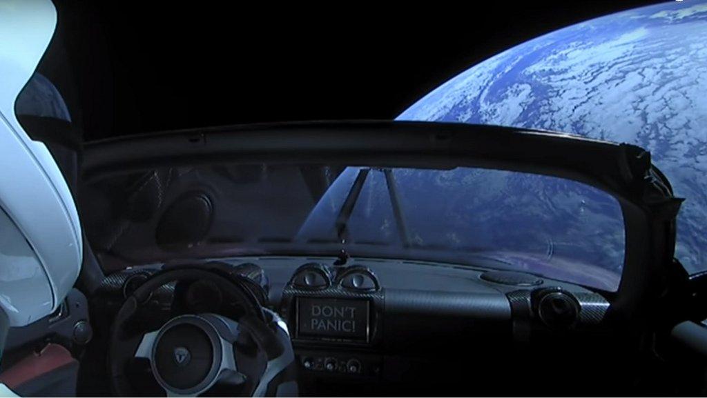 tesla roadster space-x uzayda